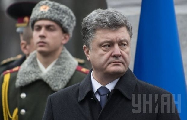 Poroshenko and Merkel touch upon issues of a peacekeeping mission in Ukraine / Photo from UNIAN