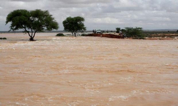 наводнение / REUTERS