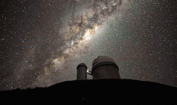 Черная дыра выбросила звезду из галактики / bellinshausen.livejournal.com