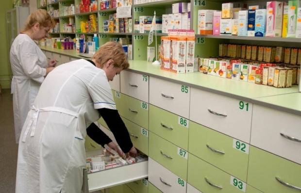 З 2015 року Міністерство охорони здоров'я почало закуповувати лікарські засоби і вироби медичного призначення через міжнародні організації / Фото: УНІАН