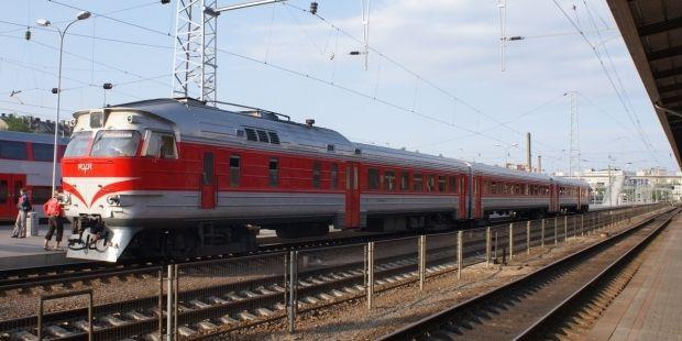 поезд / uainc.vps1.myaccount.org.ua