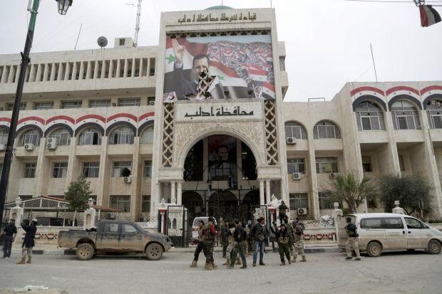"""Союзники """"Аль-Каїди"""" взяли під контроль сирійське місто Ідліб"""