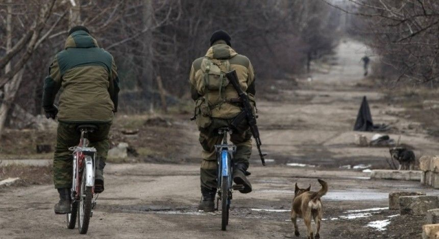Donbas update: One Ukrainian soldier wounded on Monday