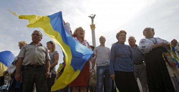 Украине необходимо перенести празднование Дня независимости /Фото УНИАН