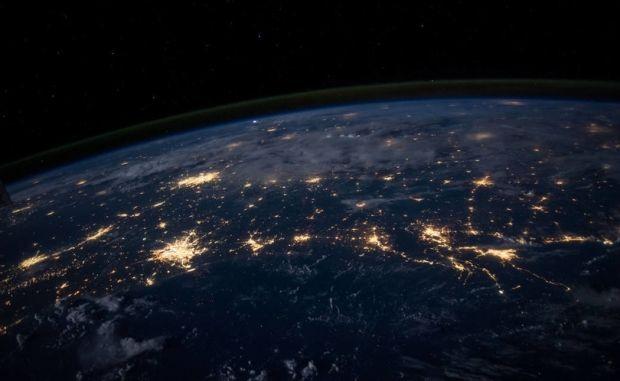 Глобальный интернет отключить не получится, не создав всем проблемы / фото NASA