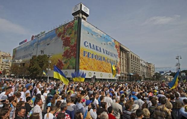 75,8% украинцев не согласны с курсом, который выбрало руководство страны / Фото УНИАН