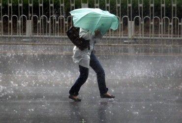 В Киеве завтра пройдет дождь с грозой, температура до +29°