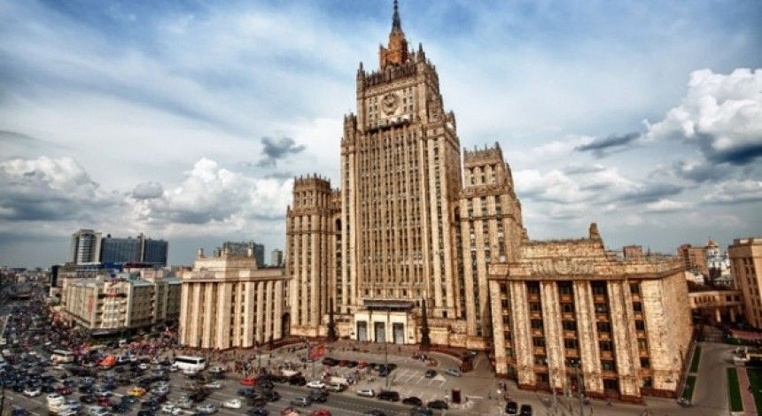 """Russia hysterical about Ukraine's Donbas law, says Kyiv """"preparing for new war"""""""