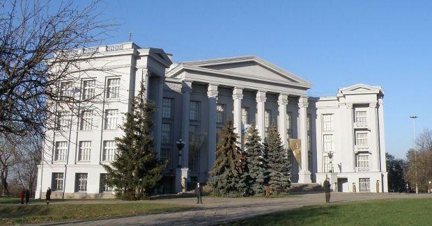 Музей истории Украины в Киеве также откроет двери для посетителей 19 мая / Фото uk.wikipedia.org