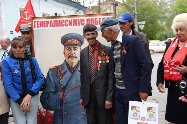 В Крыму со скандалом открывали памятник Сталину