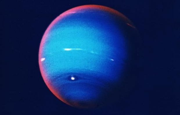 На Нептуні вуглеводні перетворюються в вуглецеві кристали / фото NASA