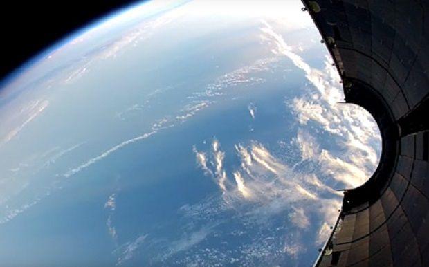 На околоземной орбите скопилось огромное количество космического мусора / фото SpaceX