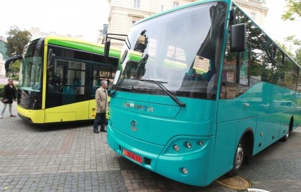 В Україні запрацювала інтерактивна мапа автобусних маршрутів / фото УНІАН