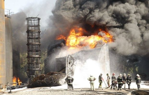 Five people have been killed in a fire at an oil depot near Kyiv / Photo from facebook