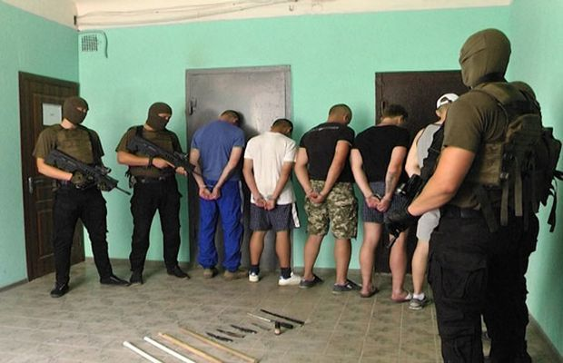 С задержанными работают следственные органы / mvs.gov.ua