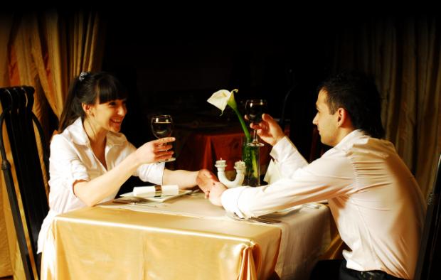 ресторан, встреча, влюбленные / Фото: prosviata.info