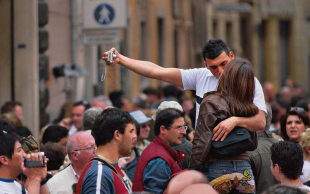 Селфи делают людей счастливыми / Фото: bt-test.ru