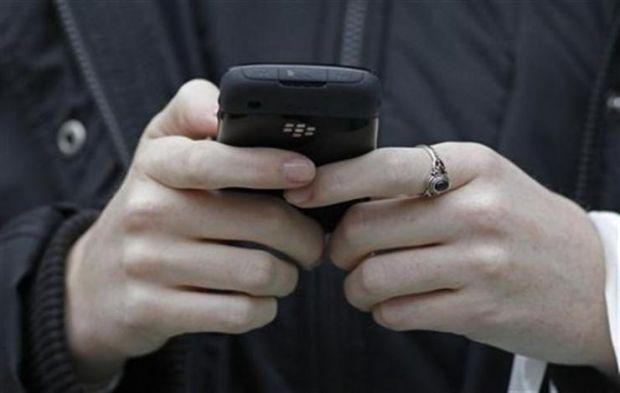 Боротьба з ненавистю в соціальних мережах - надто складне завдання/ фото REUTERS