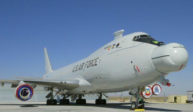 Лазер АВL, установленный в носовой части самолета B747-400F / breakingdefense.com