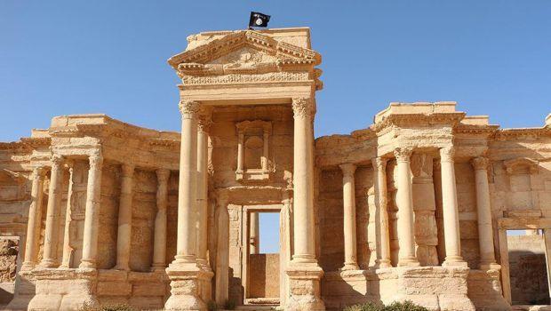 Генсек ООН осудил разрушение храма и убийство археолога в Пальмире / report.az