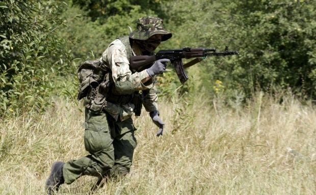 Боевики обстреляли Марьинку изминометов: Ранено двое мирных граждан