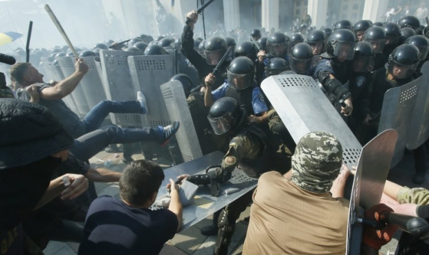 Найменшу готовність до участі у акціях протесту висловили мешканці Донбасу / фото УНІАН