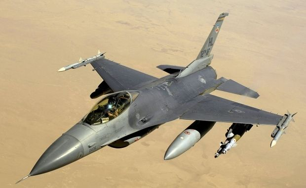 F-16 / wikipedia.org/Master Sgt. Andy Dunaway