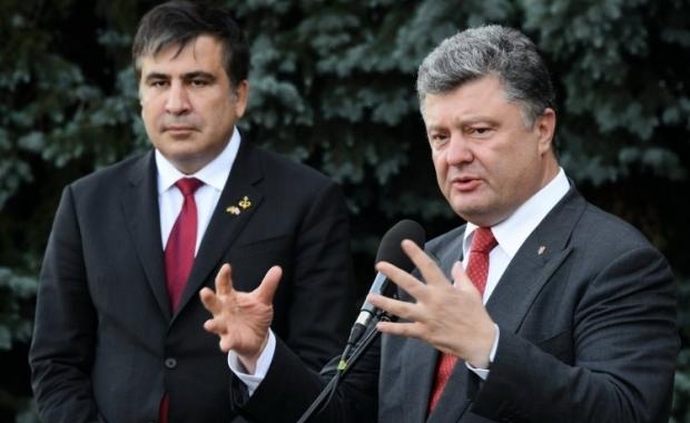 Порошенко раскритиковал работу Саакашвили. Тот, в свою очередь, обвинил президента во лжи / УНИАН