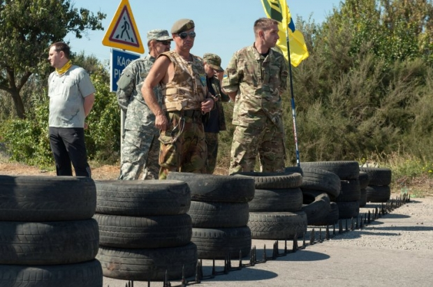 Participants of the rally at the peninsula administrative border set a goal – not to let the authorities forget about Crimea / Photo from UNIAN