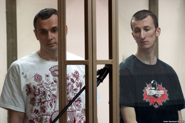 The Russian Ministry of Justice has initiated the preparation of documents for the return of Sentsov and Kolchenko to Ukraine / RFE/RL