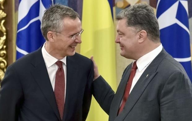 Jens Stoltenberg and Petro Poroshenko / Photo from UNIAN