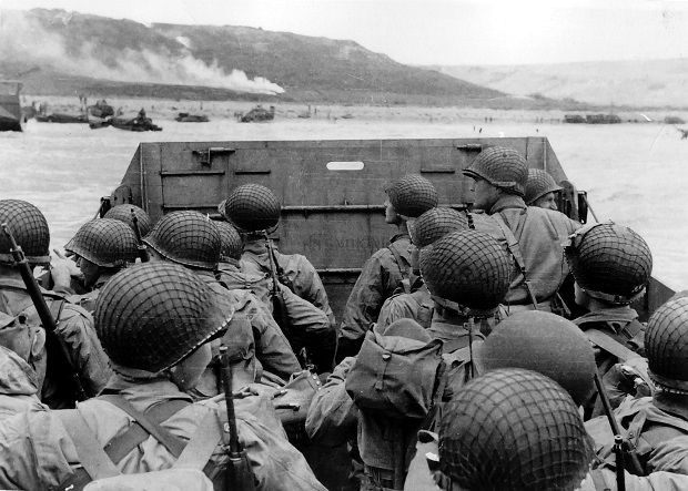 American troops approaching Omaha Beach, during the Invasion of Normandy on D-Day, 6 June 1944 / Photo from wikipedia.org