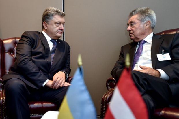 Poroshenko and Fischer discussed the implementation of the Minsk agreement / Photo from president.gov.ua