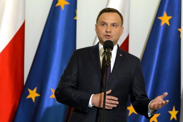 Премьер Польши Беата Шидло ушла вотставку