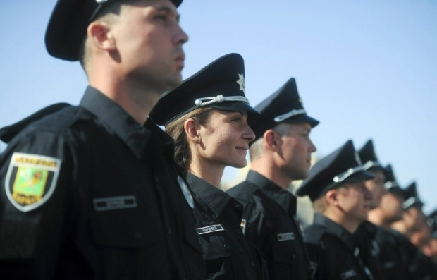 У Чернівцях до патрульної поліції хочуть вступити понад 4 тисячі осіб / УНІАН
