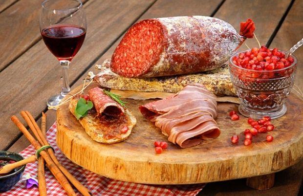 ВОЗ: употребление переработанного мяса приводит к онкологическим заболеваниям  / newsru.co.il