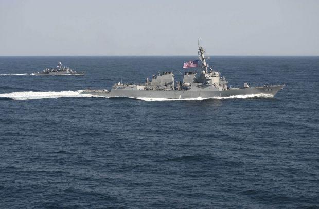 Корабли в Южно-Китайском море / REUTERS