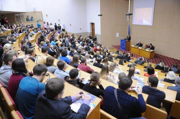 В Україні відновлять роботу та газопостачання навчальних закладів / фото univ.kiev.ua
