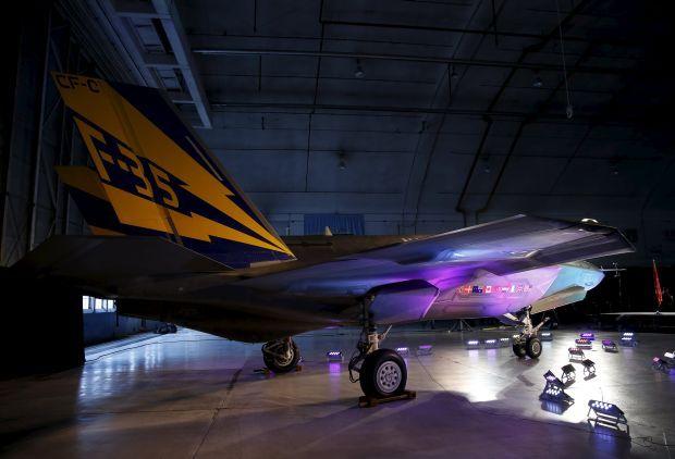 Истребитель F-35 / REUTERS