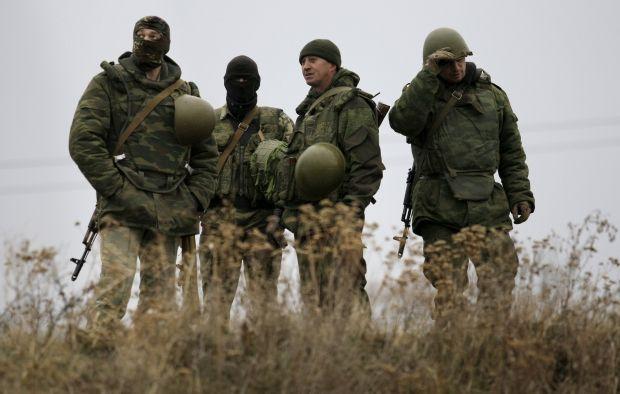 Вчора бойовики гатили з важких мінометів на усіх напрямках: у ЗСУ є поранені