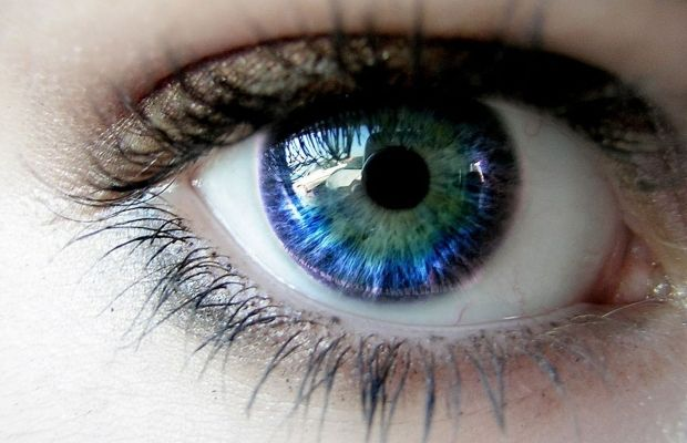 В Україні одразу 8видів крапельдля очей опинилися під забороною / фото uhod-za.ru