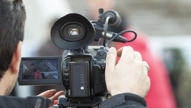Журналіст пов'язує подію зі своєю професійною діяльністю / ria.ru