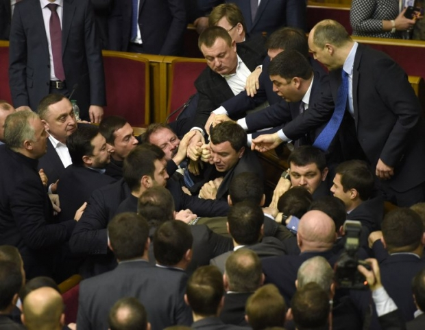 Yatsenyuk's address to the Rada ended in a brawl / Photo from UNIAN