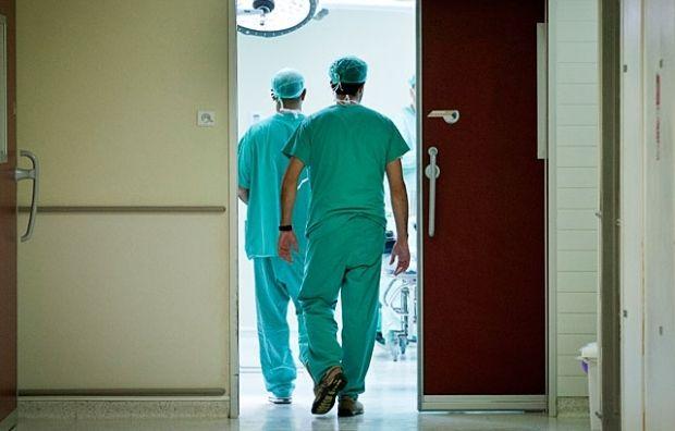 Эксперт прокомментировал зарплату медиков в 20 тысяч /фото newsru.co.il