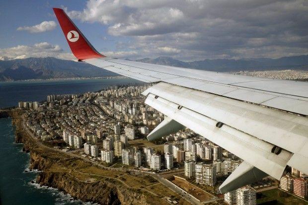 70% украинских пассажиров Turkish Airlines используют Стамбул для пересадки / Иллюстрация REUTERS
