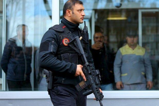 Сотрудник полиции Турции, иллюстрация / REUTERS