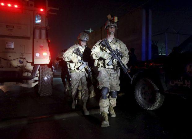 В Афганістані напали на військову базу США, підірвали начинений вибухівкою автомобіль