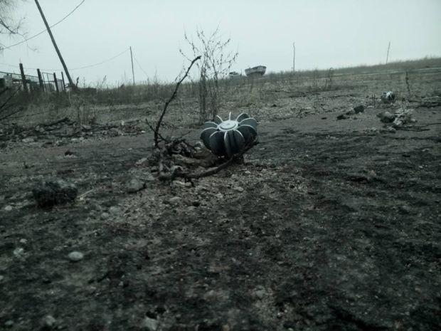 Боевики стреляли из минометов 120-го калибра / фото Стас Кухарчук, Facebook