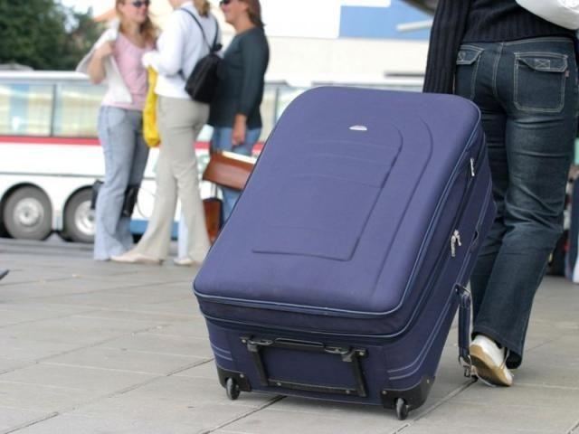Более 360 тысяч украинцев от марта уехали работать за границу / фото karpatskijobjektiv.com