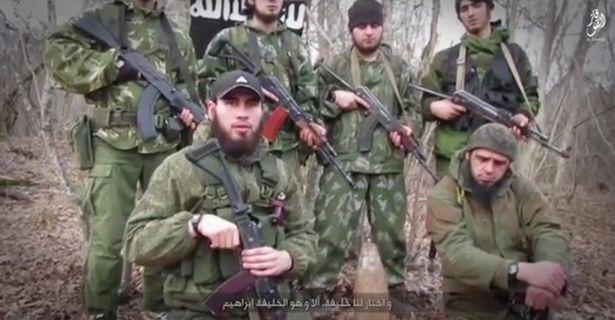 """Чеченські бойовики в складі """"Ісламської держави"""" / Скриншот видео"""
